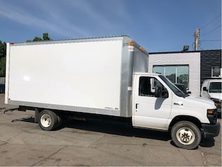 2017 Ford E-450 16 ft cube van with ramp. fin or lease Cube