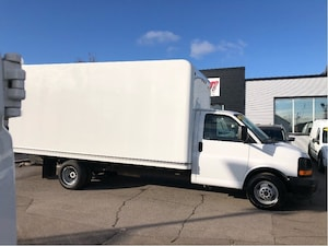 2017 GMC Savana G3500 16'cube. fin or leasing available OAC