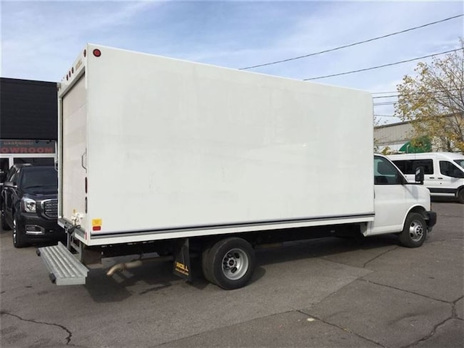 2017 GMC Savana 3500 16' CUBE fin or lease from 4.99%oac Commercial