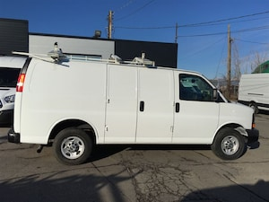 2013 Chevrolet Express 2500 ladder rack, shelving and safety partition Cargo