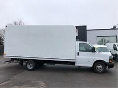 2018 GMC Savana 3500 16ft cube with ramp. Cargo