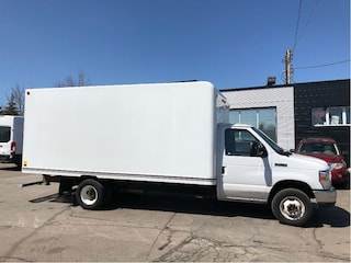 2016 Ford E-350 16ft cube with ramp Cutaway