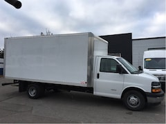 2017 CHEVROLET Express 4500 4500 16ft cube
