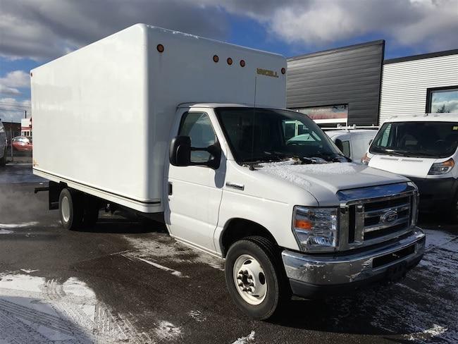 2016 FORD E-350 16 ft cube van