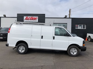 2017 Chevrolet Express 2500 shelving, ladder rack, safety partition Cargo