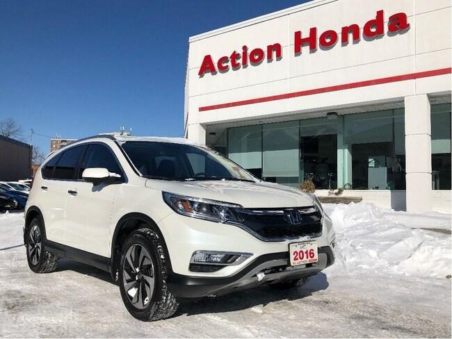 2016 Honda CR-V Touring  Only 29, 715 KMS   SUV