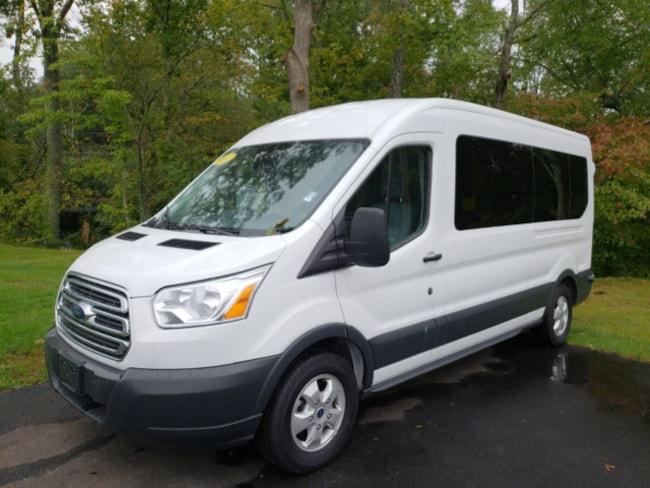 2017 Ford Transit-350 XLT Wagon Medium Roof Wagon