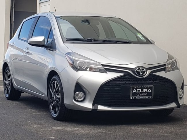 2015 Toyota Yaris SE Liftback