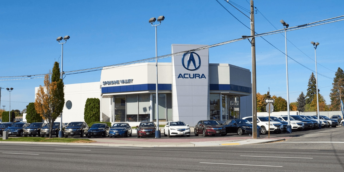 Exterior view of AutoNation Acura Spokane Valley from the street