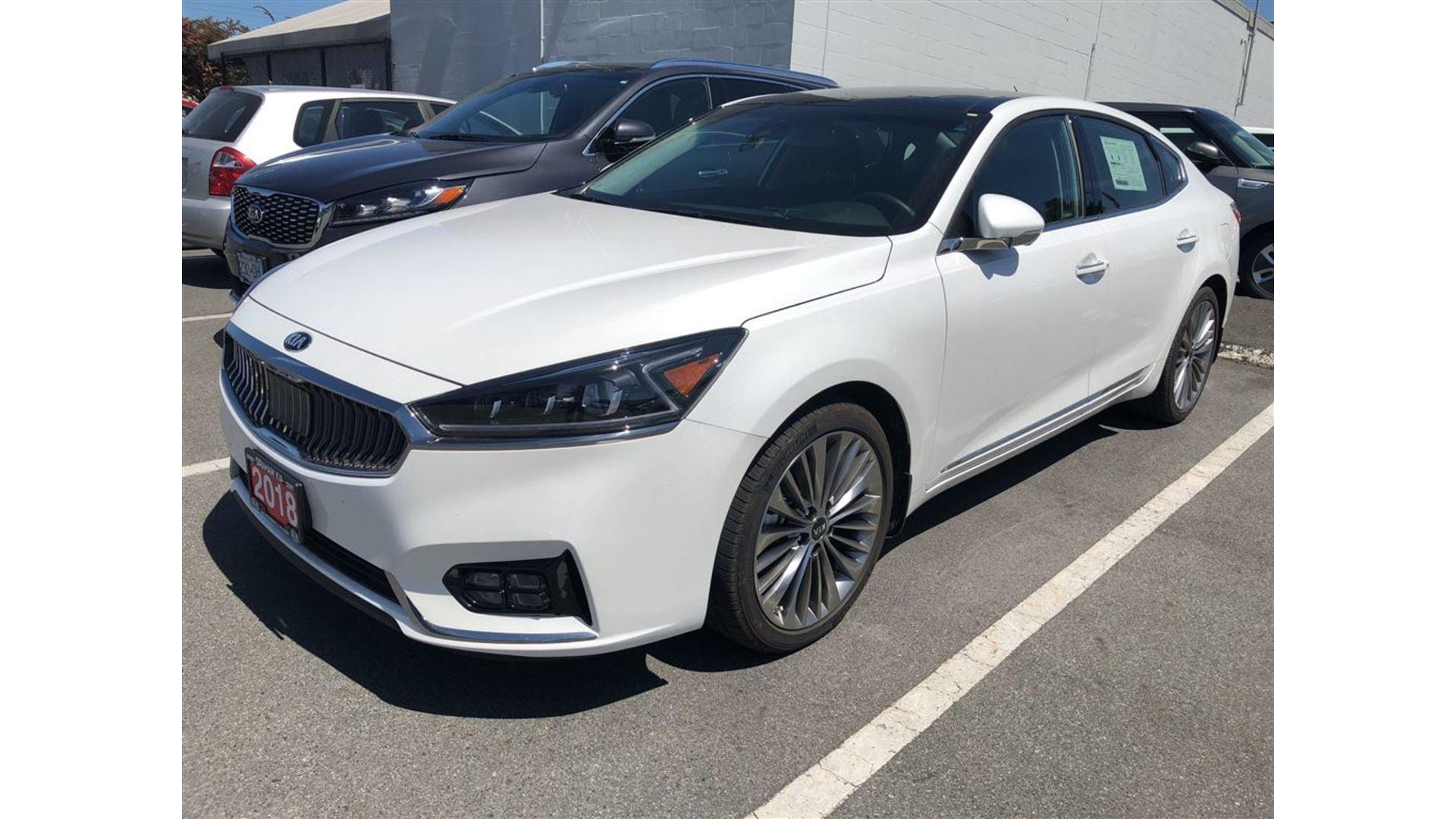 2018 Kia Cadenza Limited, DEMO 4000KMS/PRICE REDUCED $8000