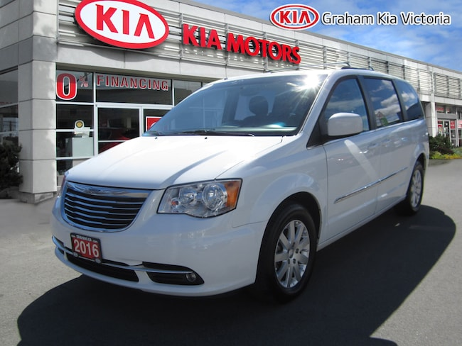 2016 Chrysler Town & Country PERFECT CARPROOF