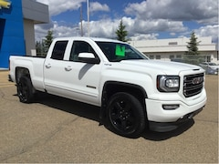 2016 GMC Sierra 1500 4WD Dbl Cab, Front Bench Seat, Bedliner Truck Double Cab