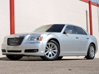 2012 Chrysler 300C RWD Sedan in Dallas, TX
