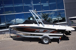 2014 BAYLINER 175 FLIGHT SERIE -