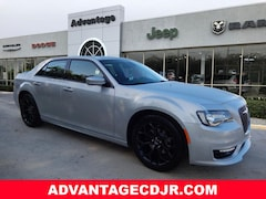 New 2019 Chrysler 300 S Sedan for Sale in Mt Dora, FL