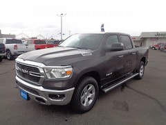 New 2019 Ram 1500 BIG HORN / LONE STAR CREW CAB 4X4 5'7 BOX Crew Cab 98205 for sale in Farmington, NM