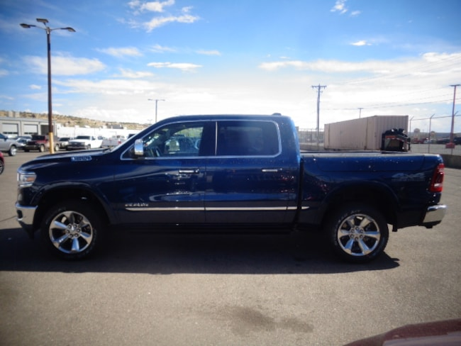 New 2019 Ram 1500 LIMITED CREW CAB 4X4 5'7 BOX Crew Cab for sale/lease in Farmington, NM
