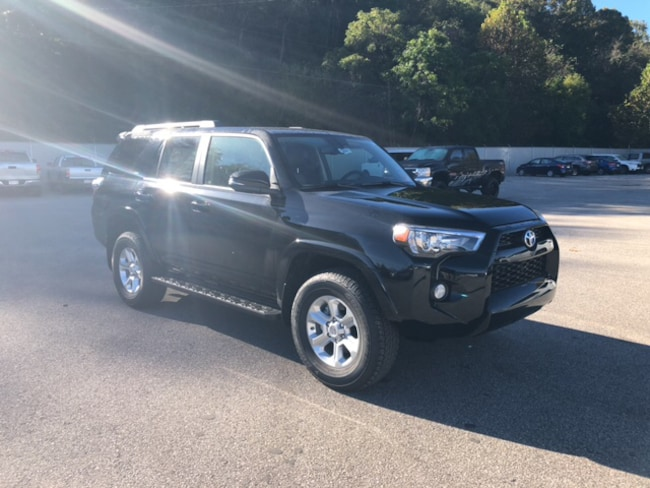 New 2019 Toyota 4Runner SR5 Premium SUV Near Ashland KY