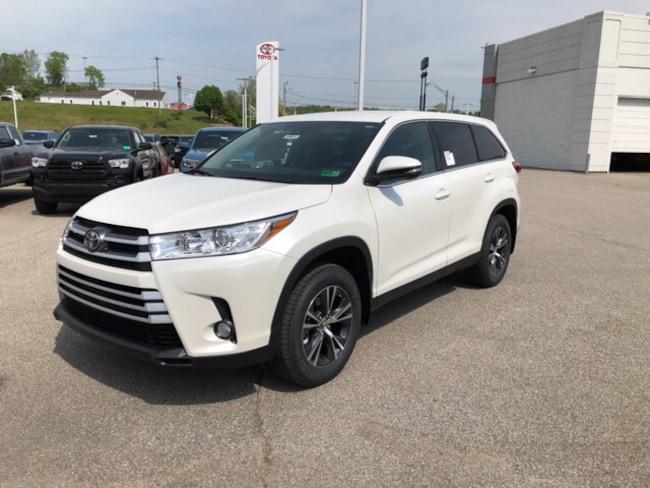 New 2019 Toyota Highlander LE Plus V6 SUV Near Ashland KY