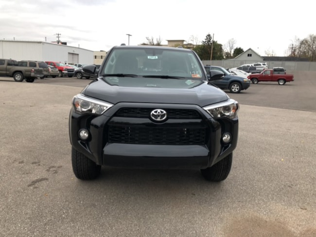 New 2019 Toyota 4Runner SR5 Premium SUV Near Ashland KY