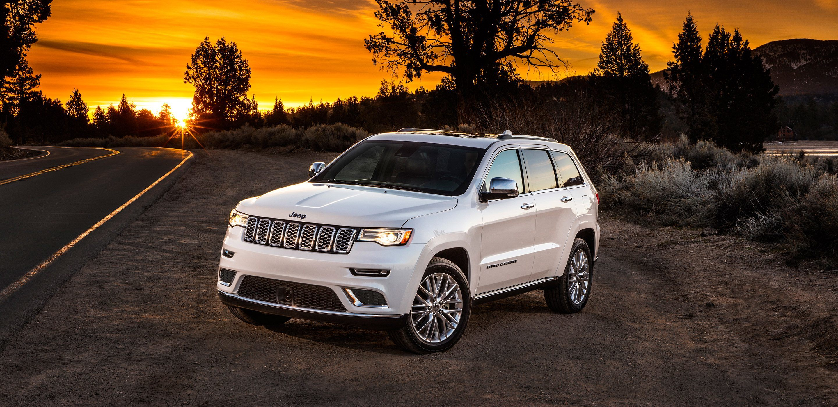 Comparing The Jeep Grand Cherokee Ford Edge In Willoughby Oh