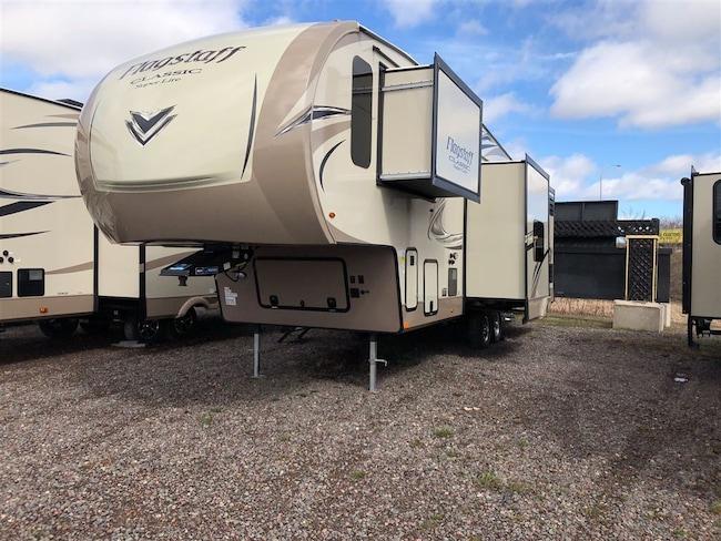2018 Flagstaff by Forest River Classic Super Lite 8529BRWS $248.00 Bi-Weekly