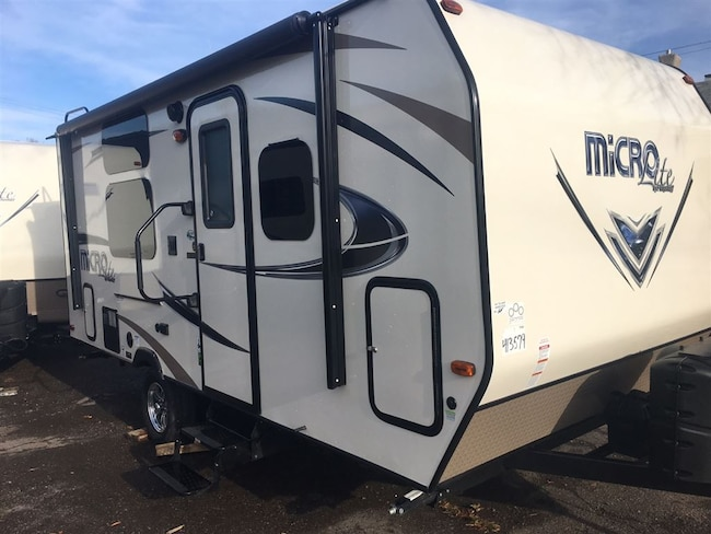 2017 Flagstaff by Forest River NEW! 19KD -
