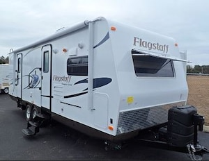 2015 Flagstaff by Forest River NEW! 26FKWS