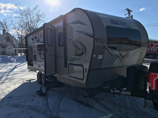 2018 Flagstaff by Forest River 25BDS $66.99 Weekly o.a.c