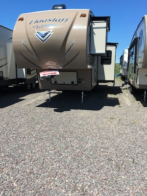 2017 Flagstaff by Forest River NEW 8528CKWSA $192.00 BI-WEEKLY -