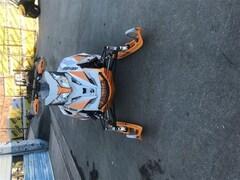 2017 SKI-DOO Renegade XRS
