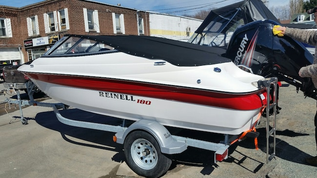 2018 REINELL BOATS 180 BR