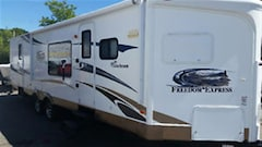 2012 COACHMEN Freedom Express 302FKV -