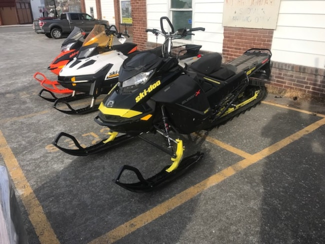 2017 SKI-DOO 850 X SUMMIT 165 $136.00 bi-weekly