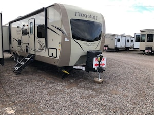 2018 Flagstaff by Forest River SUPER LITE 832BHDS $106.62 Weekly o.a.c