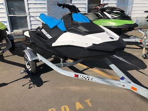 2018 Sea-Doo/BRP Spark 2UP IBR & CONVENIENCE PACKAGE 900 HO ACE