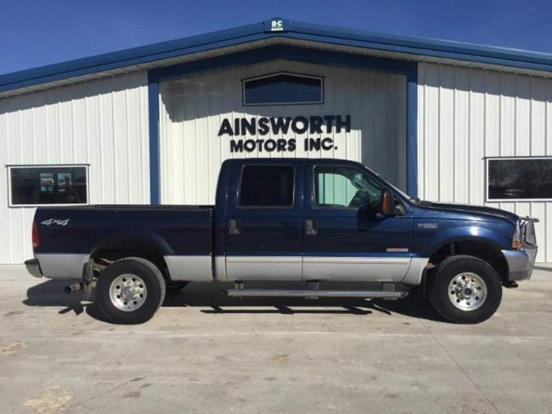 2004 Ford F-250 XLT Crew Cab Short Bed Truck