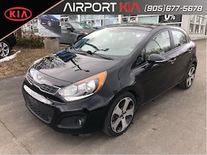 2015 Kia Rio SX Navigation / leather/ sunroof