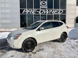 2008 Nissan Rogue SL-MOONROOF, WINTER TIRES, BLUETOOTH- AS IS
