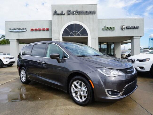 New 2019 Chrysler Pacifica TOURING PLUS Passenger Van Berwick