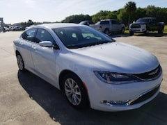 Used 2015 Chrysler 200 4DR SDN C FWD Sedan 1C3CCCCG1FN545705 for Sale Wauchula, Florida