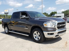 New 2019 Ram 1500 BIG HORN / LONE STAR CREW CAB 4X4 5'7 BOX Crew Cab 1C6SRFFT1KN791848 For Sale Wauchula, Florida