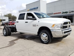 New 2018 Ram 3500 TRADESMAN CREW CAB CHASSIS 4X4 172.4 WB Crew Cab 3C7WRTCLXJG414412 For Sale Wauchula, Florida