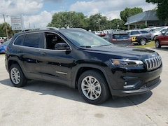 New 2019 Jeep Cherokee LATITUDE PLUS FWD Sport Utility 1C4PJLLBXKD129787 For Sale Wauchula, Florida