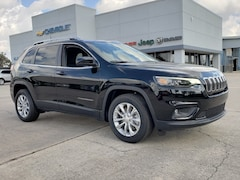 New 2019 Jeep Cherokee LATITUDE FWD Sport Utility 1C4PJLCB3KD241749 For Sale Wauchula, Florida