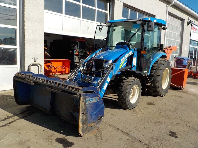 2014 New Holland BOOMER 3050 .