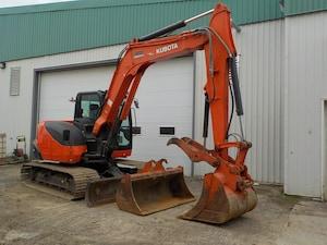 2017 Kubota KX080 4SW Pelle excavatrice .