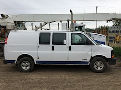 2005 CHEVROLET 2500 Express Glass/Granite Carrier Van