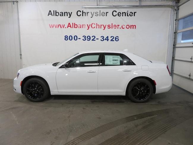 New 2019 Chrysler 300 TOURING AWD Sedan in Albany, MN