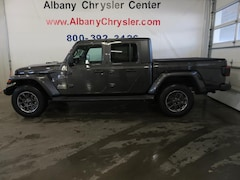 New 2020 Jeep Gladiator OVERLAND 4X4 Crew Cab Albany MN